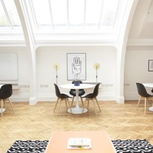 ceiling-2181979_1280 (1)